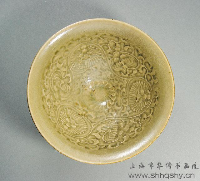 宋代耀州窑青釉刻花碗